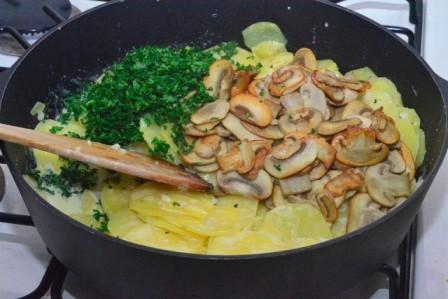 картопля в вершках з грибами рецепт приготування