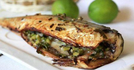 скумбрія, запечена з овочами рецепт приготування
