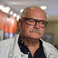 микита міхалков у фільмі «сонячний удар» зняв свою внучку