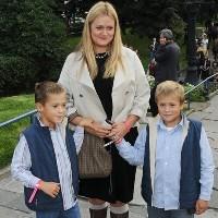 актриса анна міхалкова народила третю дитину