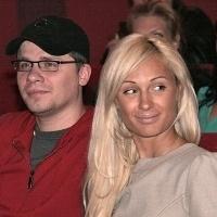 харламов не може одружитися на асмус, оскільки не розлучився з лещенко