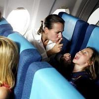 хто найбільше дратує в літаку?