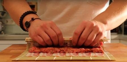 м'ясний рулет на грилі рецепт приготування
