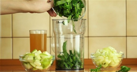 смузі з шпинату і селери рецепт приготування
