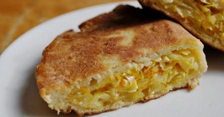 пиріг «шарлотка з капустою» рецепт приготування