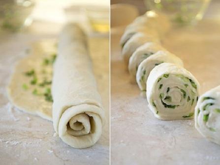 коржі з зеленою цибулею рецепт приготування