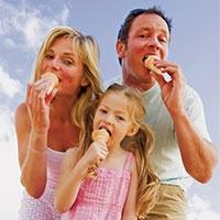 хочеш бути щасливим, їж морозиво