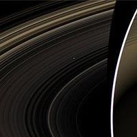 космічний апарат «кассіні» зробив знімок венери, проглядывающей крізь кільця сатурна
