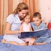 казки на ніч дітям повинні читати мами, а не тата, вважають вчені