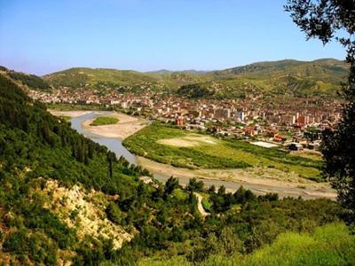 Чим відома Албанія?