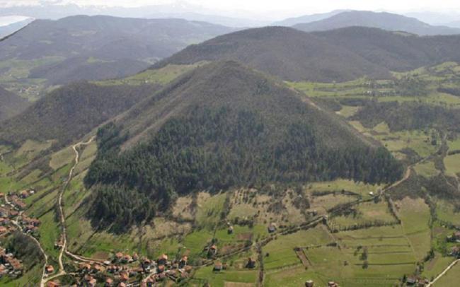 Боснійська піраміда
