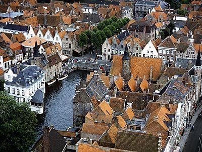 Чим славиться місто Брюгге?