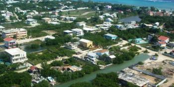 Як столиця Белізу отримала свою назву Бельмопан?