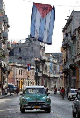 Чому в Гавані багато старих машин?